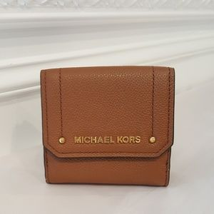 NWT Michael Kors Trifold Coin Case